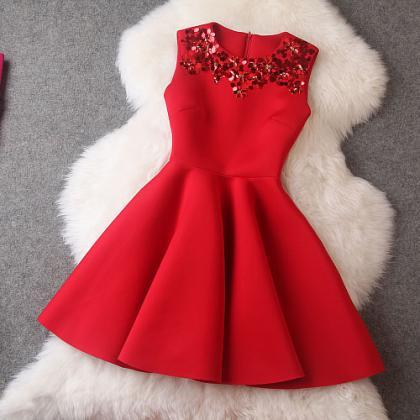 Luxury Red Sequined Sleeveless Dre..